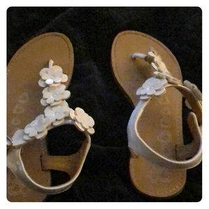 White sandals for girls
